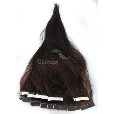 Středně hnědé vlasy k prodloužení - Tape in REMY proužky, 50 cm (004), 20 ks