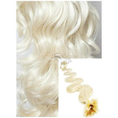 Vlnité vlasy na keratin, 60 cm 0,7g/pr., 50 pramenů - PLATINOVÉ