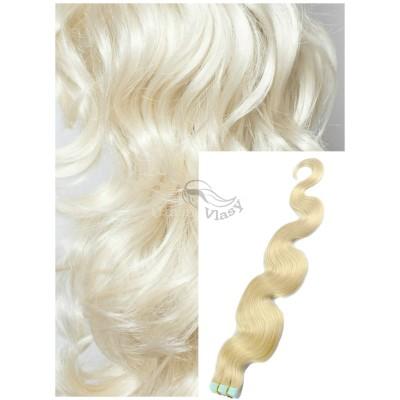 Vlnité vlasy k prodloužení tape in, 50 cm, 40 ks - PLATINOVÉ