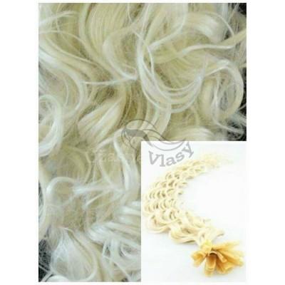 Kudrnaté vlasy na keratin, 60 cm 0,7g/pr., 50 pramenů - PLATINOVÉ